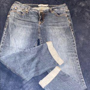 Torrid boyfriend jean cropped pants size 12